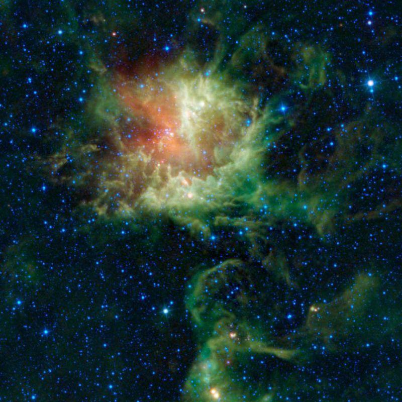 12159 Лучшие фото на космическую тематику за 2011 год