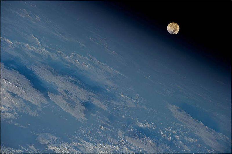 17112 Лучшие фото на космическую тематику за 2011 год