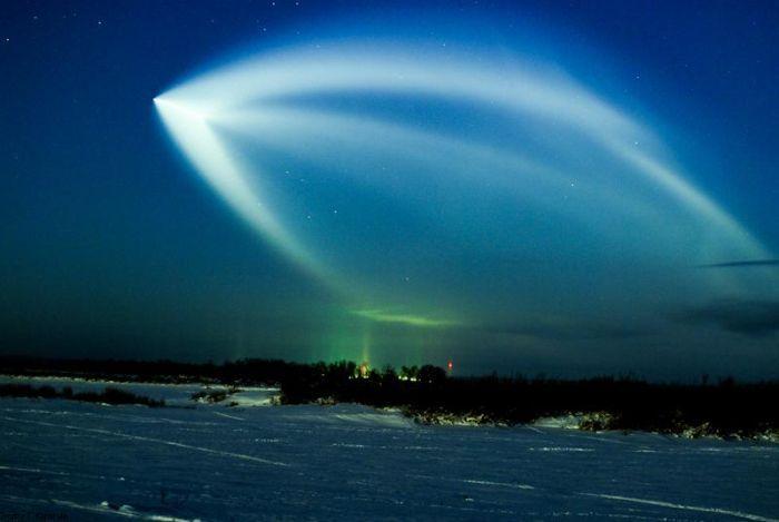 Как выглядит запуск космического корабля (23 фото)
