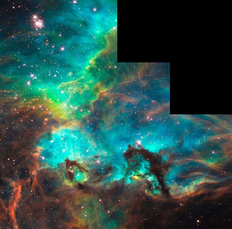 21. Туманность NGC 2074 в созвездии Золотая Рыба.