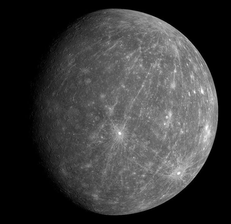 Одним из самых интересных фактов, который ученые попытаются выяснить помощью ряда <br> инструментов, является наличие льда в полярных областях Меркурия.<br>
