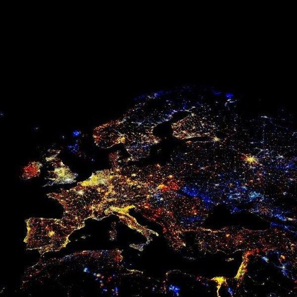 Огни Земли ночью (7 фото)