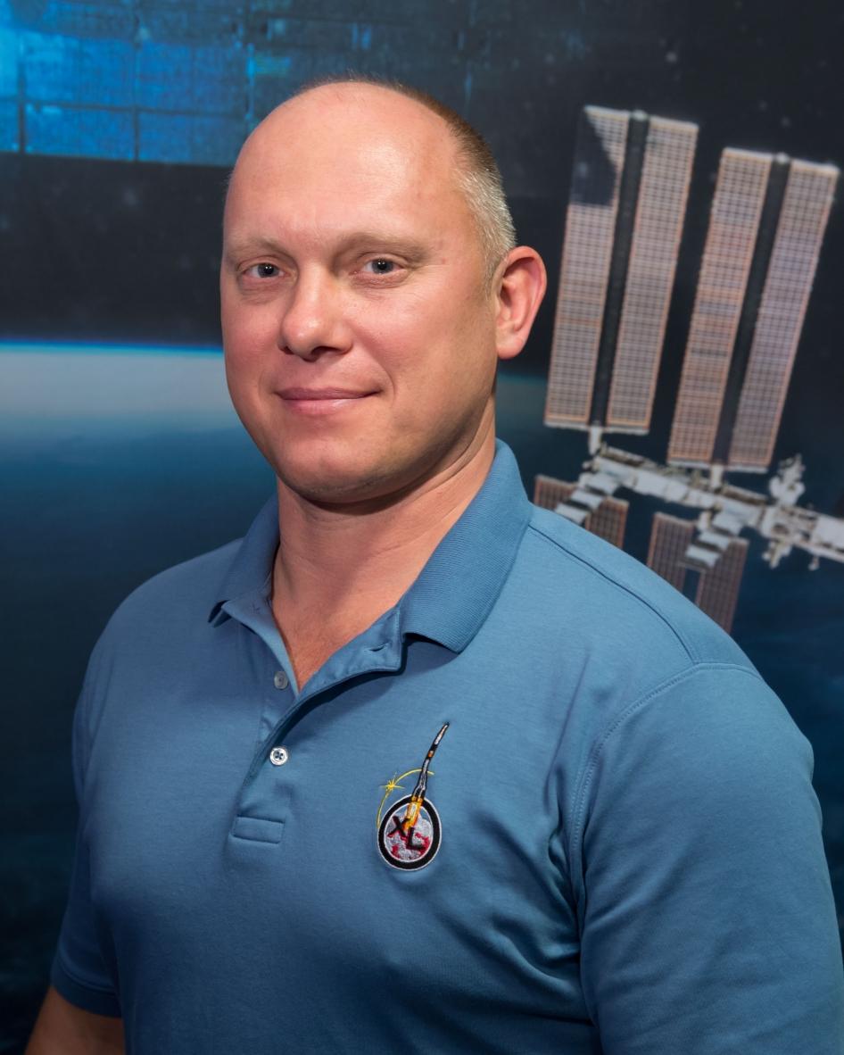 фото олега артемьева космонавта старовойтова является заметной