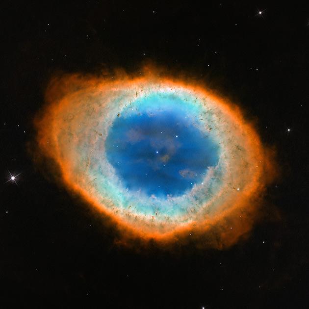 Планетарная туманность Кольцо в созвездии Лиры