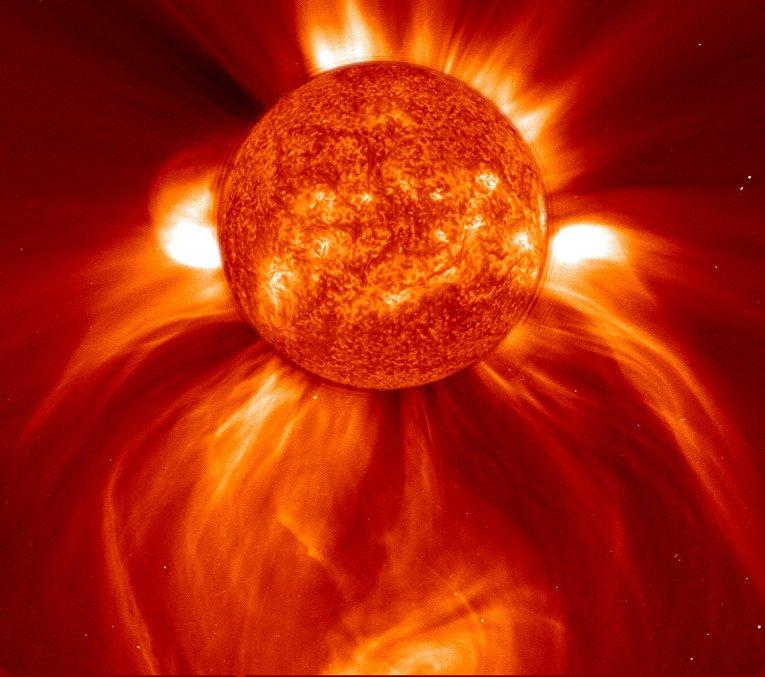 Изображение мощного выброса Солнца победило в конкурсе на лучшее фото